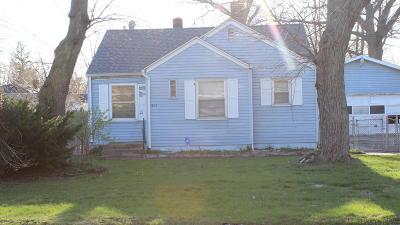 Benton Harbor Single Family Home For Sale: 1614 Broadway