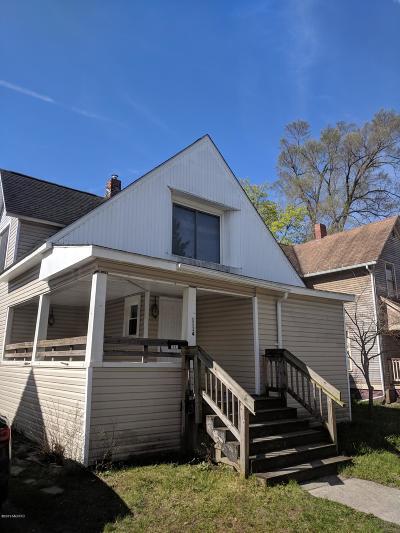 Kalamazoo Single Family Home For Sale: 1114 Hays Park Avenue