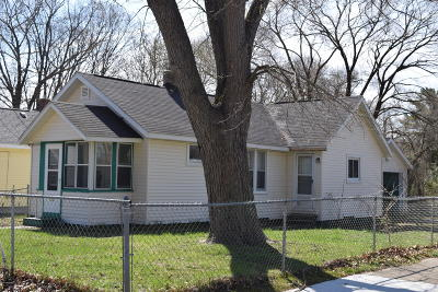 Muskegon Single Family Home For Sale: 703 Ellifson Avenue