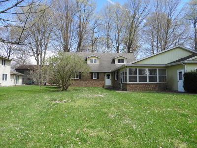 Schoolcraft Single Family Home For Sale: 11037 Sugar Island Drive