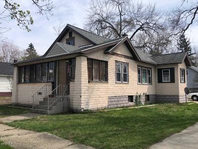 Muskegon Single Family Home For Sale: 363 E Holbrook Avenue