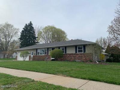 Grandville Single Family Home For Sale: 3575 Cheyenne Drive SW