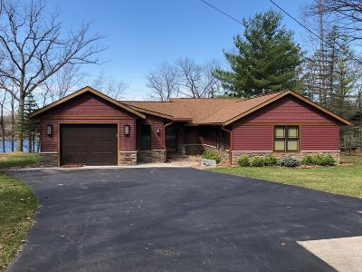 Benzie County, Charlevoix County, Clare County, Emmet County, Grand Traverse County, Kalkaska County, Lake County, Leelanau County, Manistee County, Mason County, Missaukee County, Osceola County, Roscommon County, Wexford County Single Family Home For Sale: 10093 N Hagan Drive