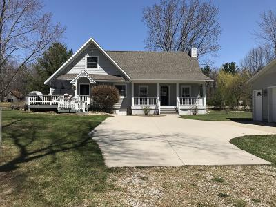 Mears Single Family Home For Sale: 8770 Edgewood Road