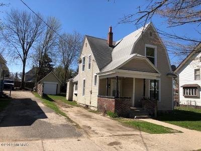 Single Family Home For Sale: 442 Worden Street SE
