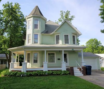 Delton Single Family Home For Sale: 332 E Orchard Street