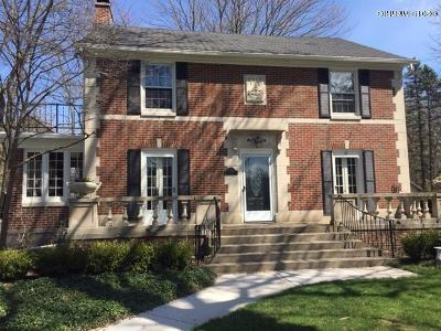 Single Family Home For Sale: 1000 Oakleigh Avenue NW