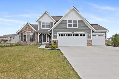 Hudsonville Single Family Home For Sale: 3522 Jamesfield Drive