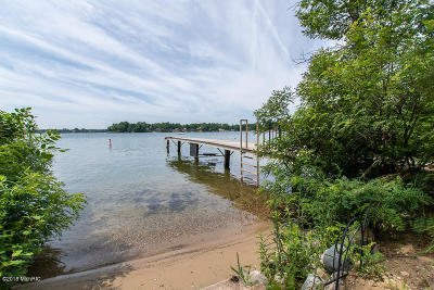 Battle Creek Single Family Home For Sale: Christian Island