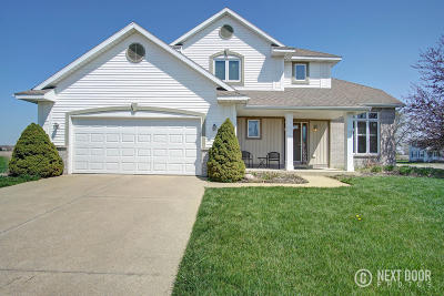 Zeeland Single Family Home For Sale: 10415 Hunters Creek Drive
