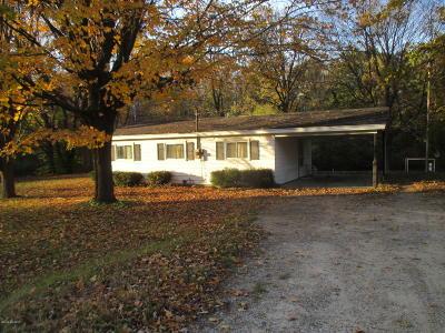 Hesperia Single Family Home For Sale: 8942 E M 20