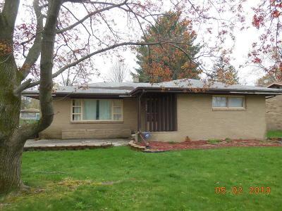 Benton Harbor Single Family Home For Sale: 334 Elmside Road