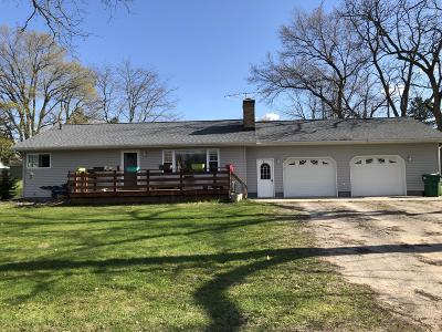 Edmore Single Family Home For Sale: 123 W Gilson Street