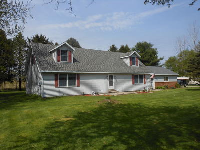 Berrien Center Single Family Home For Sale: 7165 Maple Grove Road