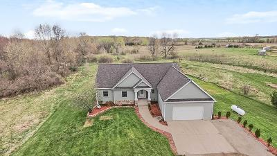 Muskegon County, Oceana County, Ottawa County Single Family Home For Sale: 1555 Behler Road