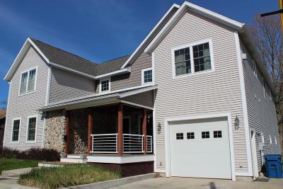 Manistee Single Family Home For Sale: 183 Washington Street