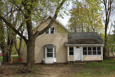 Howard City Single Family Home For Sale: 303 Rathburn