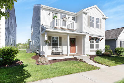 Allegan County Single Family Home For Sale: 2110 Kensington Park Circle