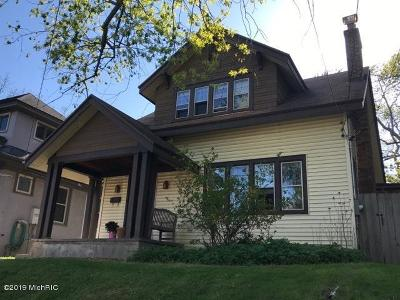Grand Rapids MI Single Family Home For Sale: $248,900