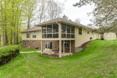 Gobles Single Family Home For Sale: 28521 Northern Bluff Drive