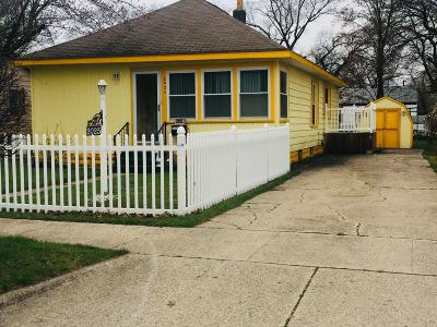 Muskegon Heights Single Family Home For Sale: 2025 Howden Street