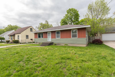 Wyoming Single Family Home For Sale: 2342 Ithaca Street SW