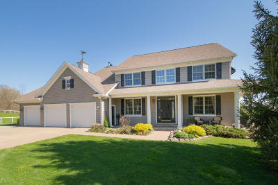 Delton Single Family Home For Sale: 7100 Hayward Road