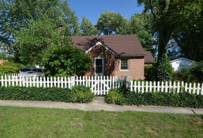 Grand Haven, Spring Lake, Ferrysburg Single Family Home For Sale: 300 Visser Street