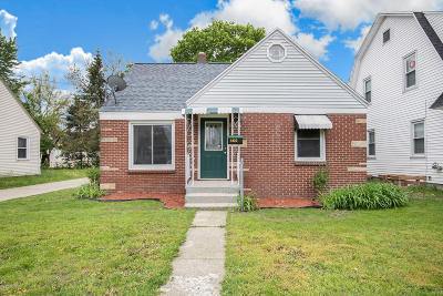 Wyoming Single Family Home For Sale: 1422 Rathbone Street SW