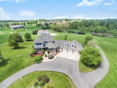Barry County Single Family Home For Sale: 12752 Windy Ridge Drive