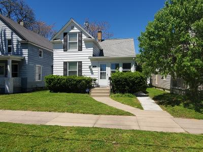 Clinton County, Gratiot County, Isabella County, Kent County, Mecosta County, Montcalm County, Muskegon County, Newaygo County, Oceana County, Ottawa County, Ionia County, Ingham County, Eaton County, Barry County, Allegan County Multi Family Home For Sale: 919 Courtney Street NW
