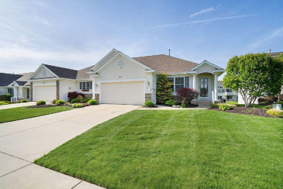 Clinton County, Gratiot County, Isabella County, Kent County, Mecosta County, Montcalm County, Muskegon County, Newaygo County, Oceana County, Ottawa County, Ionia County, Ingham County, Eaton County, Barry County, Allegan County Condo/Townhouse For Sale: 3531 Megan Drive #50