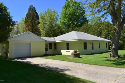 Muskegon County Single Family Home For Sale: 417 Randall Road