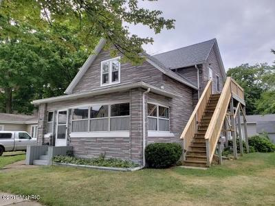 Multi Family Home For Sale: 923 Wisconsin Avenue