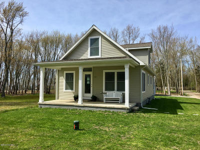 South Haven Single Family Home For Sale: 13 Solace Way