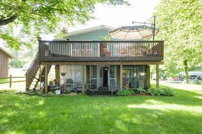 Delton Single Family Home For Sale: 4408 Cordes Road