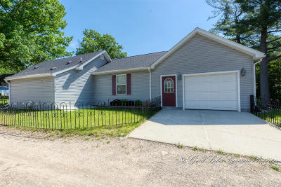 Sparta Single Family Home For Sale: 11810 Maywood Drive NE