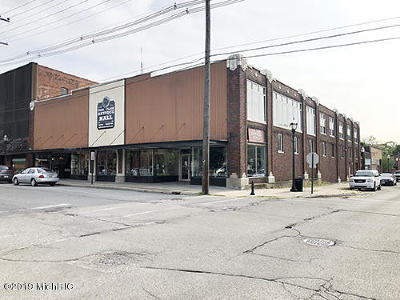 Berrien County Commercial For Sale: 218 N 2nd Street