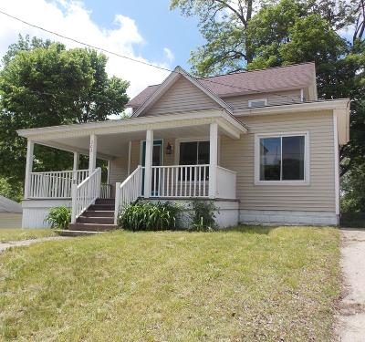 Single Family Home For Sale: 303 River Street