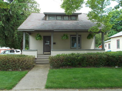 Scottville Single Family Home For Sale: 501 S Main Street