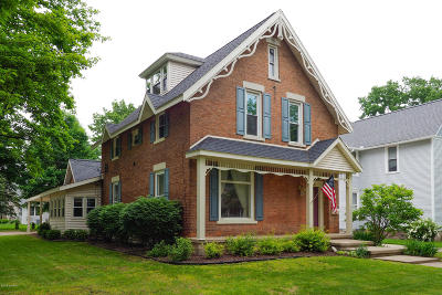 Marshall Single Family Home For Sale: 524 W Mansion Street