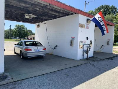 Commercial For Sale: 1051 E Laketon Avenue