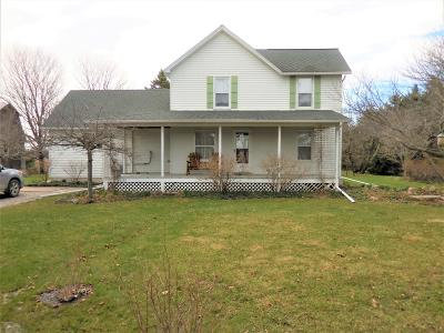 Clinton County, Gratiot County, Isabella County, Kent County, Mecosta County, Montcalm County, Muskegon County, Newaygo County, Oceana County, Ottawa County, Ionia County, Ingham County, Eaton County, Barry County, Allegan County Single Family Home For Sale: 8188 96th Street SE
