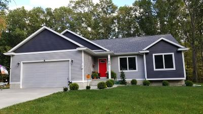 Muskegon Single Family Home For Sale: 740 Bear Lake Road