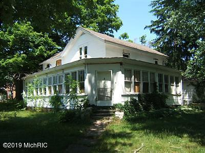 Lawrence Single Family Home For Sale: 232 N Paw Paw Street