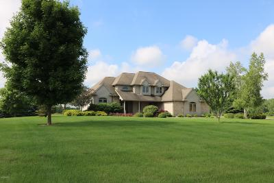 Benton Harbor Single Family Home For Sale: 7996 E Empire Avenue #B