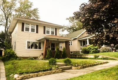 Grand Rapids Single Family Home For Sale: 831 Ardmore Street SE