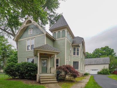 Homer Single Family Home For Sale: 211 S Hillsdale Street