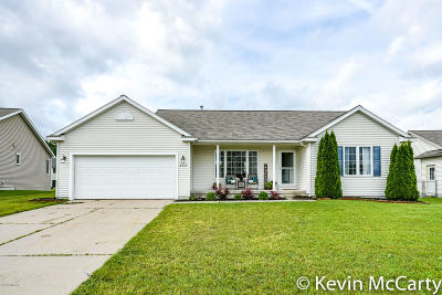 Middleville Single Family Home For Sale: 664 Green Meadows Drive
