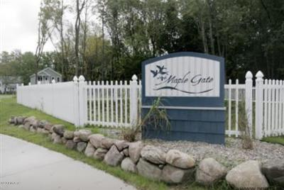 Berrien County, Branch County, Calhoun County, Cass County, Hillsdale County, Jackson County, Kalamazoo County, St. Joseph County, Van Buren County Residential Lots & Land For Sale: 712 Maple Gate Court #5